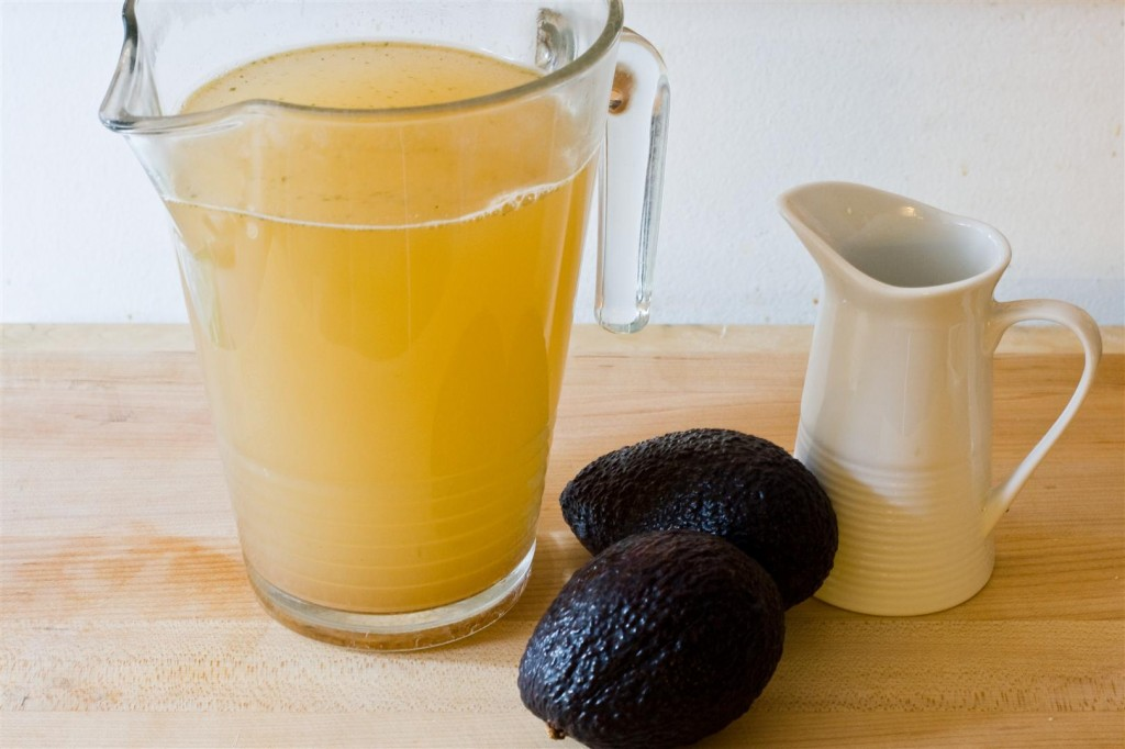5 Minute Avocado Soup ingredients