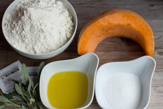 Pumpkin and Sage Bread ingredients
