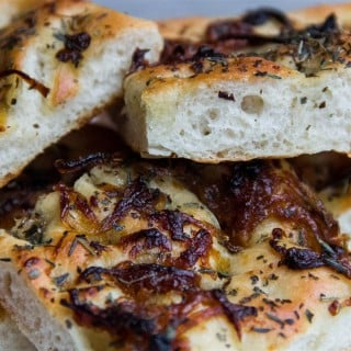 Caramelised Onion Fakeaccia