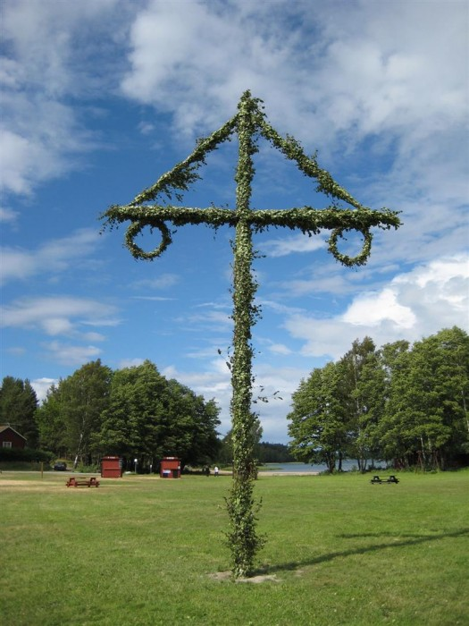 Midsommar pole